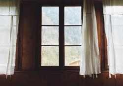Aké závesy do interiéru